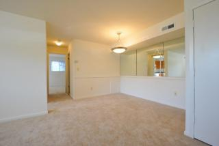 28 Montrose Manor Ct, Catonsville, MD 21228