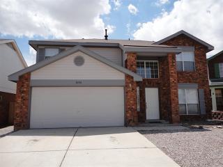 8140 Waterbury Pl NW, Albuquerque, NM 87120