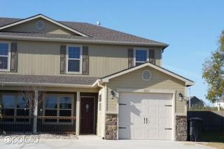 8856 Berber Cir, Manhattan, KS 66502