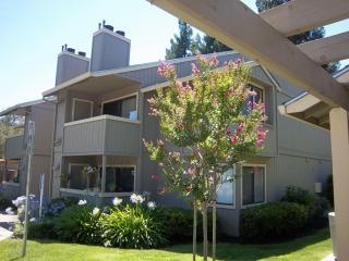 5443 College Oak Dr, Sacramento, CA 95841