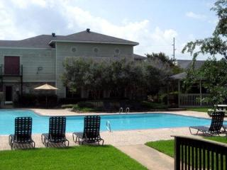 1501 Harvey Rd, College Station, TX 77840