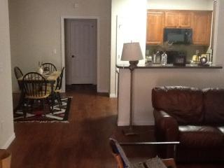 420 W Franklin St #16, Waxahachie, TX 75165