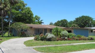 701 Holly Ln, Plantation, FL 33317