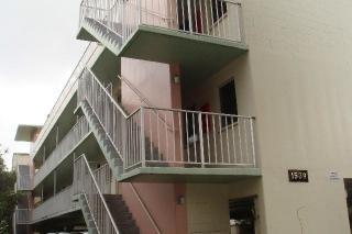 1539 Liholiho St #302, Honolulu, HI 96822