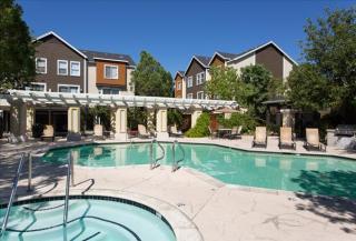 19200 Nordhoff St, Northridge, CA 91324