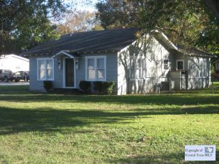 309 Old San Antonio Rd, McQueeney, TX 78123