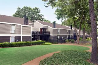 1400 Greenbrook Pkwy, Memphis, TN 38134