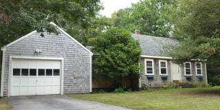 40 Franklin Ave, Hyannis, MA 02601