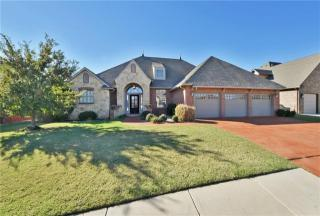3009 Sycamore Court, Moore OK