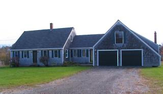42 Town Clerks Rd, Owls Head, ME 04854