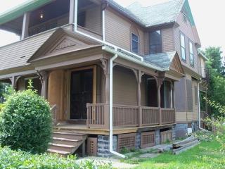 20 Evergreen St #2, Rochester, NY 14605