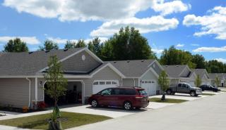276 Acacia Ln, Wadsworth, OH 44281