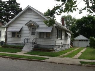 1517 Paul Ave, Paulsboro, NJ 08066
