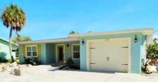 225 Willow Ave, Anna Maria, FL 34216