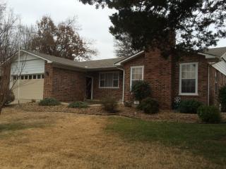 1803 Van Buren Ave, Mountain Home, AR 72653