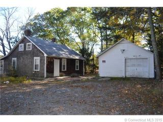 38 Long Pond Road South, Ledyard CT