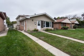 14112 S Saginaw Ave, Burnham, IL 60633