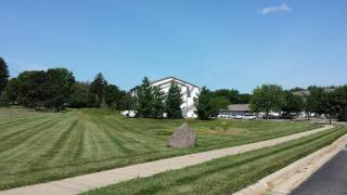 3855 Pineview Pl, Waterloo, IA 50701