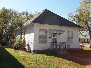 3140 Crawford Ave, Parsons, KS 67357
