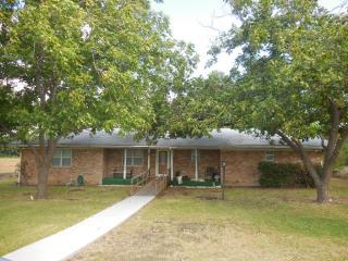 113 Hungry Hill Rd, Eddy, TX 76524
