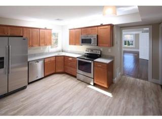 186 Plymouth St #2, Abington, MA 02351