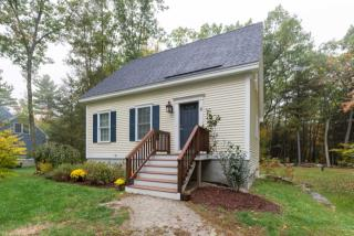 2 Skyview Dr, Greenland, NH 03840