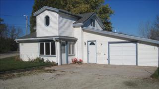 W141S8070 Durham Dr, Muskego, WI 53150
