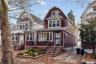 6848 Manse St, Forest Hills, NY 11375