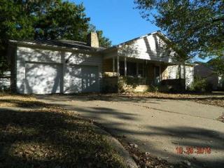 104 Michigan Street, Winfield KS