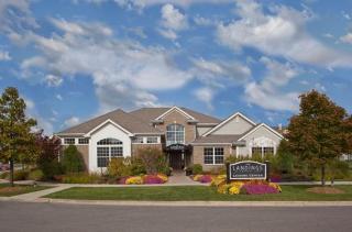 1375 S White Oak Dr, Waukegan, IL 60085
