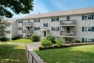 2 Edes St, Plymouth, MA 02360
