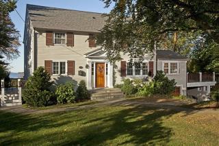 21 Cottage St, Hingham, MA 02043