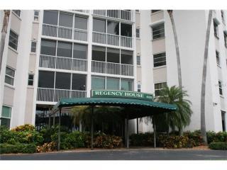 435 South Gulfstream Avenue #207, Sarasota FL