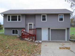 1320 N Summers St, Stanberry, MO 64489