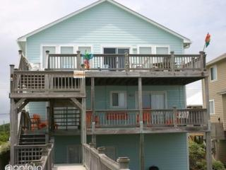512 S Shore Dr, Surf City, NC 28445