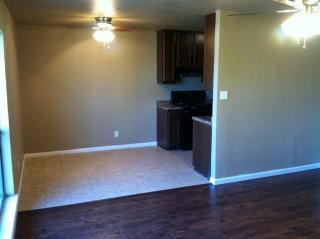 300 W Canton St, Palmer, TX 75152