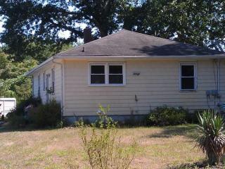 44 Squankum Rd, Colts Neck, NJ 07722
