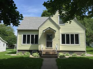 805 Nebraska Ave, Essex, IA 51638