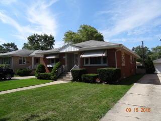 17538 Bernadine Street, Lansing IL