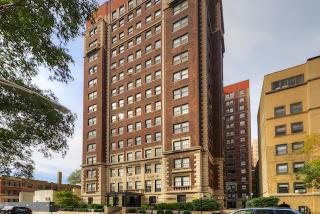 422 424 W Melrose St, Chicago, IL 60657