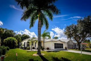 Address Not Disclosed, Punta Gorda, FL 33955