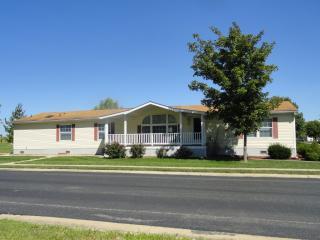 3901 Ashford Ln, Pontoon Beach, IL 62040