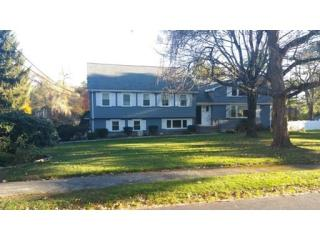 76 Oxbow Rd, Needham, MA 02492