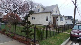 319 Roquette Ave, South Floral Park, NY 11001