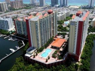 16900 N Bay Rd, Sunny Isles Beach, FL 33160