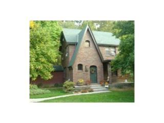 317 Greenlee Rd, Brentwood, PA 15227