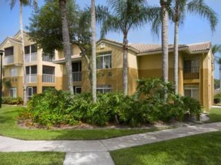 2037 Polo Gardens Dr, Wellington, FL 33414