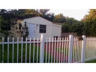936 Dunad Ave, Opa Locka, FL 33054
