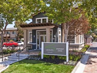 151 Calderon Ave, Mountain View, CA 94041