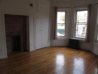 78 E 2nd St, Brooklyn, NY 11218